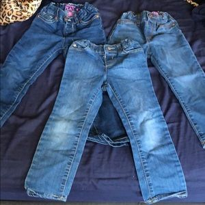 3 pair toddler girl jeans great condition